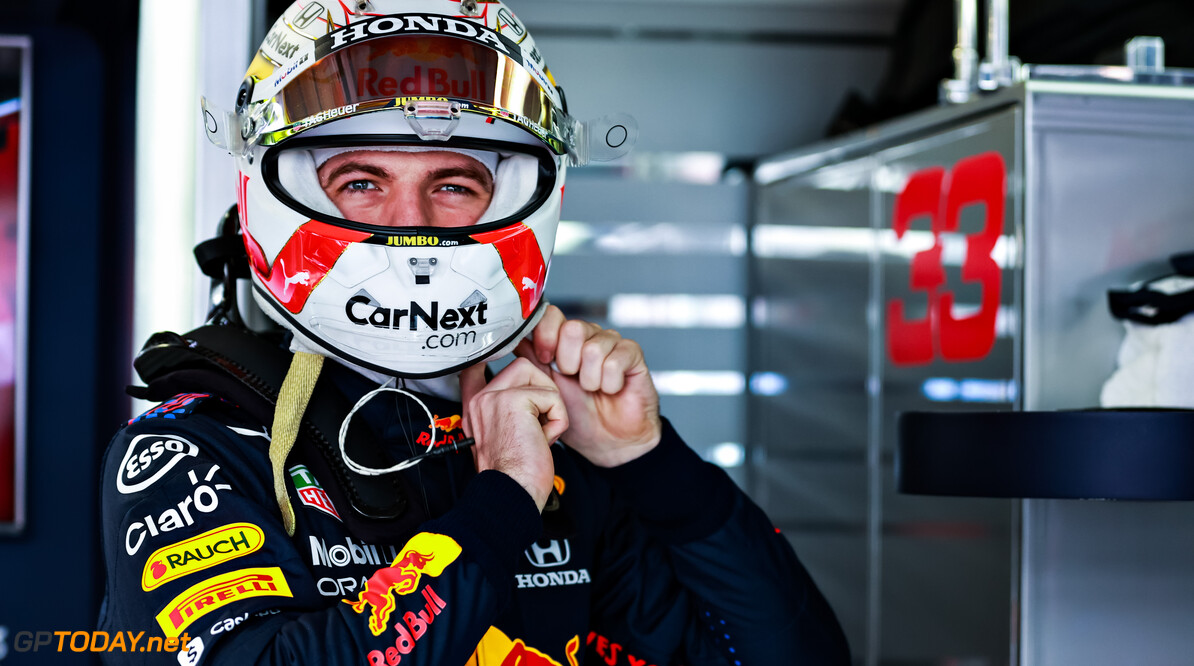MONTE-CARLO, MONACO - MAY 22: Max Verstappen of Netherlands and Red Bull Racing prepares to drive in the garage during qualifying for the F1 Grand Prix of Monaco at Circuit de Monaco on May 22, 2021 in Monte-Carlo, Monaco. (Photo by Mark Thompson/Getty Images) // Getty Images / Red Bull Content Pool  // SI202105220354 // Usage for editorial use only //  F1 Grand Prix of Monaco - Practice & Qualifying     SI202105220354