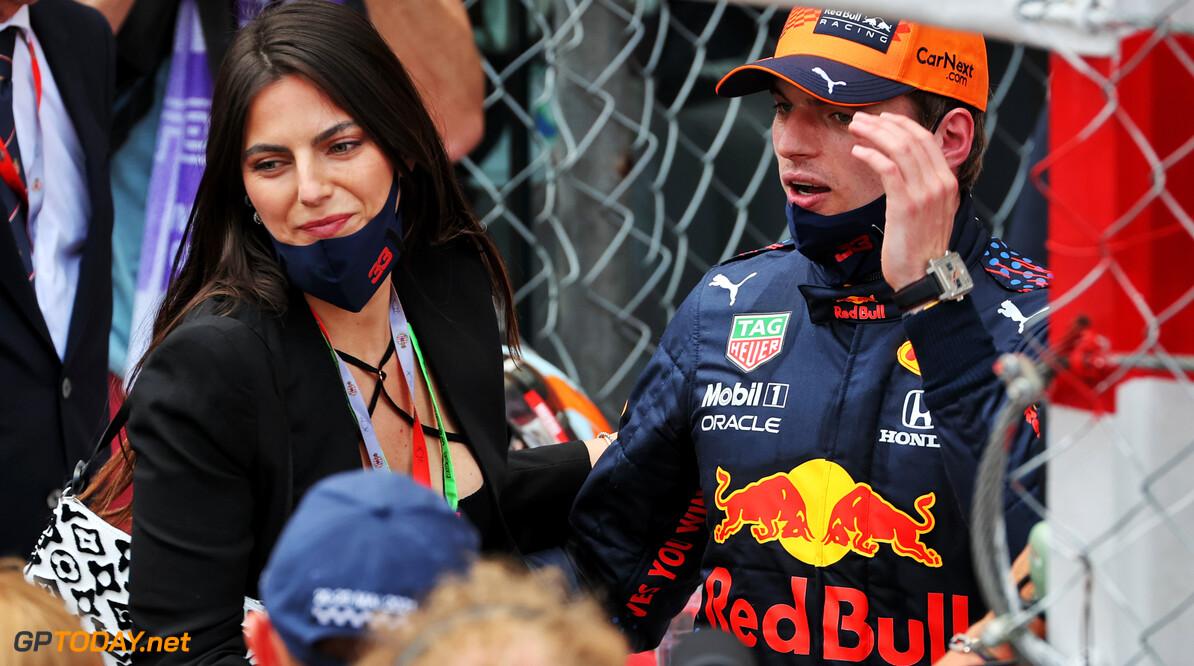 Max Verstappen voelt zich meer relaxed dan ooit: 'Hamilton is niet méér compleet dan ik'