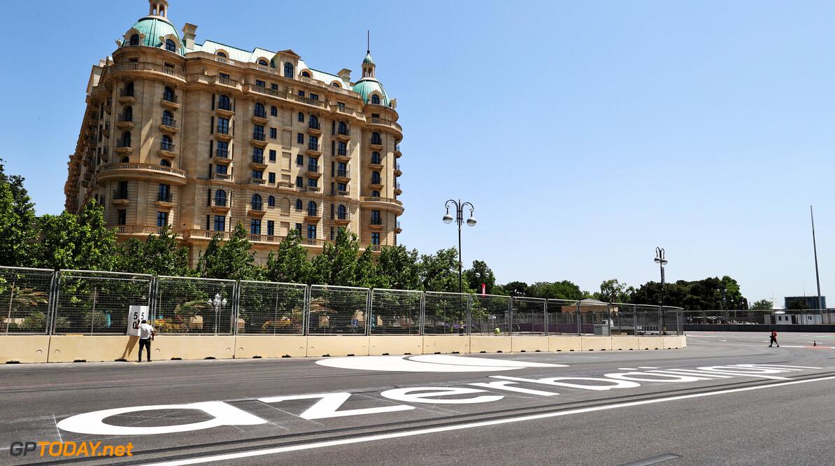 Hoe laat begint de Formule 1 Grand Prix van Azerbeidzjan in Bakoe?