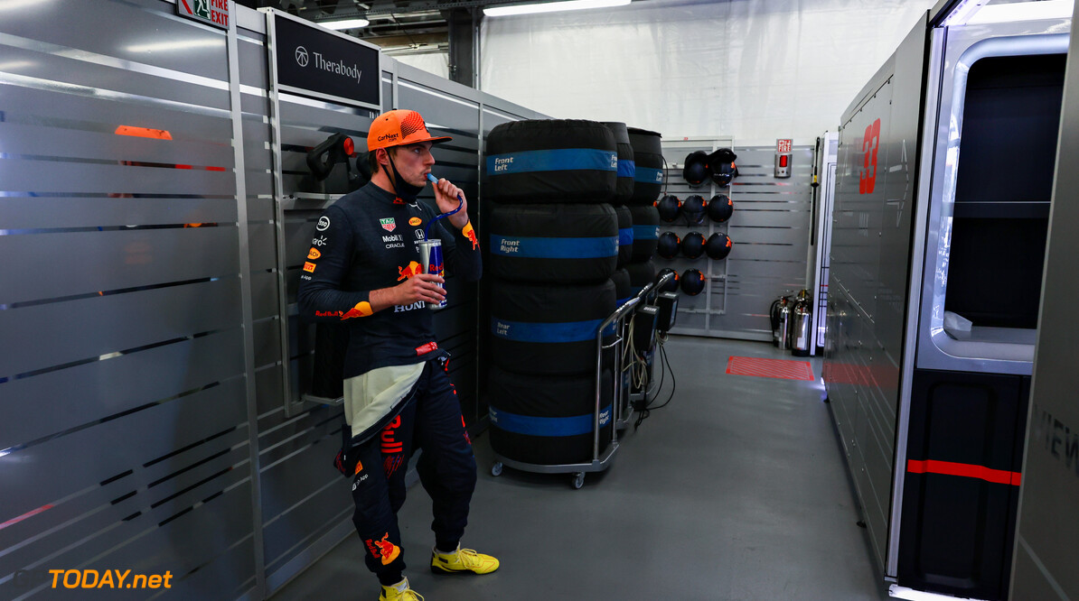 BAKU, AZERBAIJAN - JUNE 04: Max Verstappen of Netherlands and Red Bull Racing takes a drink in the garage during practice ahead of the F1 Grand Prix of Azerbaijan at Baku City Circuit on June 04, 2021 in Baku, Azerbaijan. (Photo by Mark Thompson/Getty Images) // Getty Images / Red Bull Content Pool  // SI202106040206 // Usage for editorial use only //  F1 Grand Prix of Azerbaijan - Practice     SI202106040206