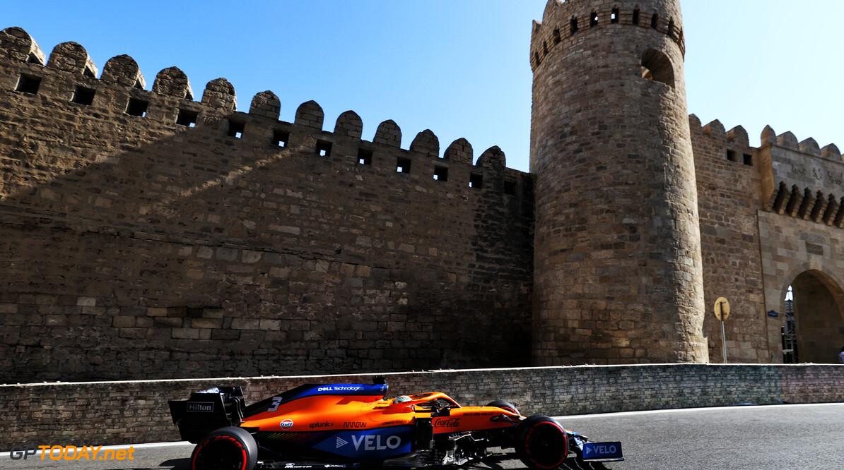 """Daniel Ricciardo crasht tijdens kwalificatie: """"Voel mij niet fijn, maar het gebeurt"""""""
