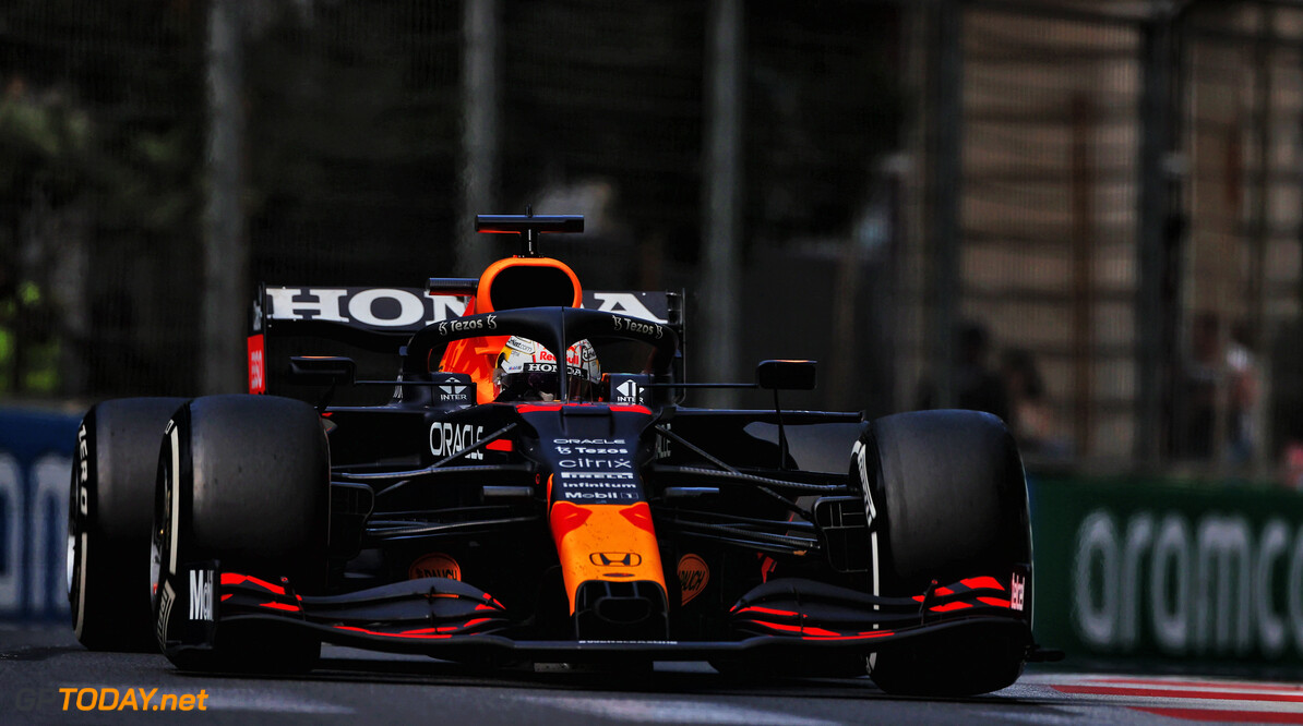 Max Verstappen denkt dat Lewis Hamilton weer vooraan mee doet in Frankrijk
