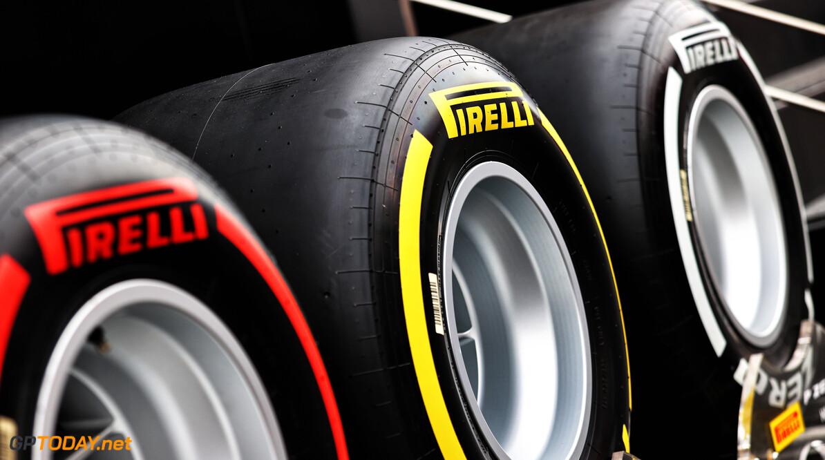 """Pirelli test nieuwe achterband in Oostenrijk: """"Die is robuuster, coureurs zijn positief"""""""