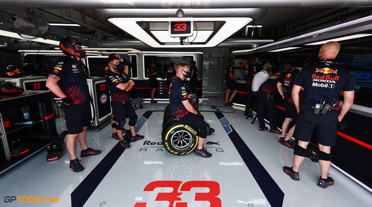 LE CASTELLET, FRANCE - JUNE 18: Red Bull Racing team members look on in the garage during practice ahead of the F1 Grand Prix of France at Circuit Paul Ricard on June 18, 2021 in Le Castellet, France. (Photo by Mark Thompson/Getty Images) // Getty Images / Red Bull Content Pool  // SI202106180597 // Usage for editorial use only //  F1 Grand Prix of France - Practice     SI202106180597