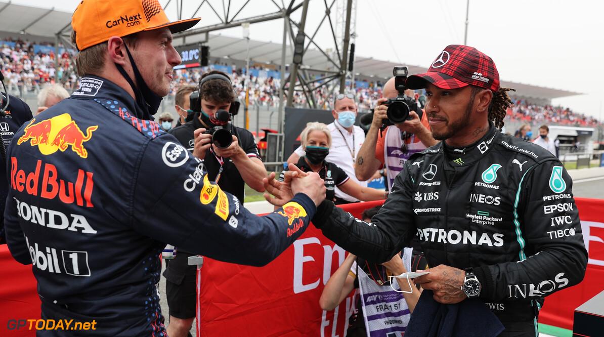 <b>Video: </b>Verstappen en Hamilton hun snelste ronde zij aan zij geanalyseerd