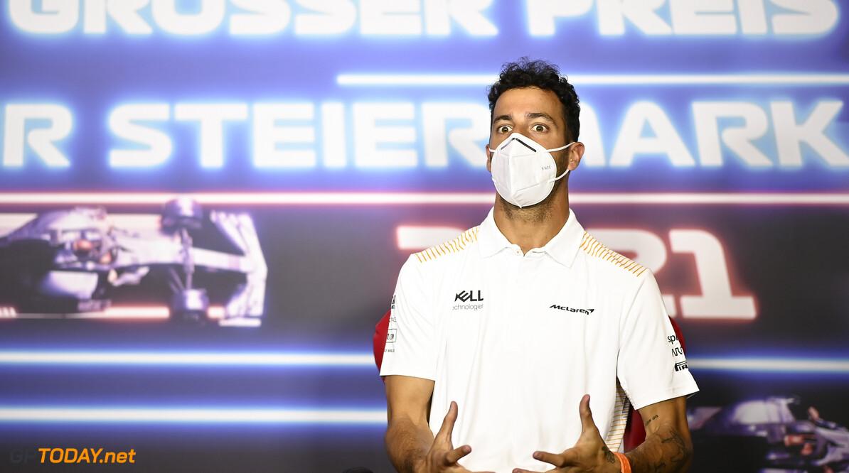 Daniel Ricciardo weet niet hoe hij het heeft: Norris vierde, Ricciardo dertiende