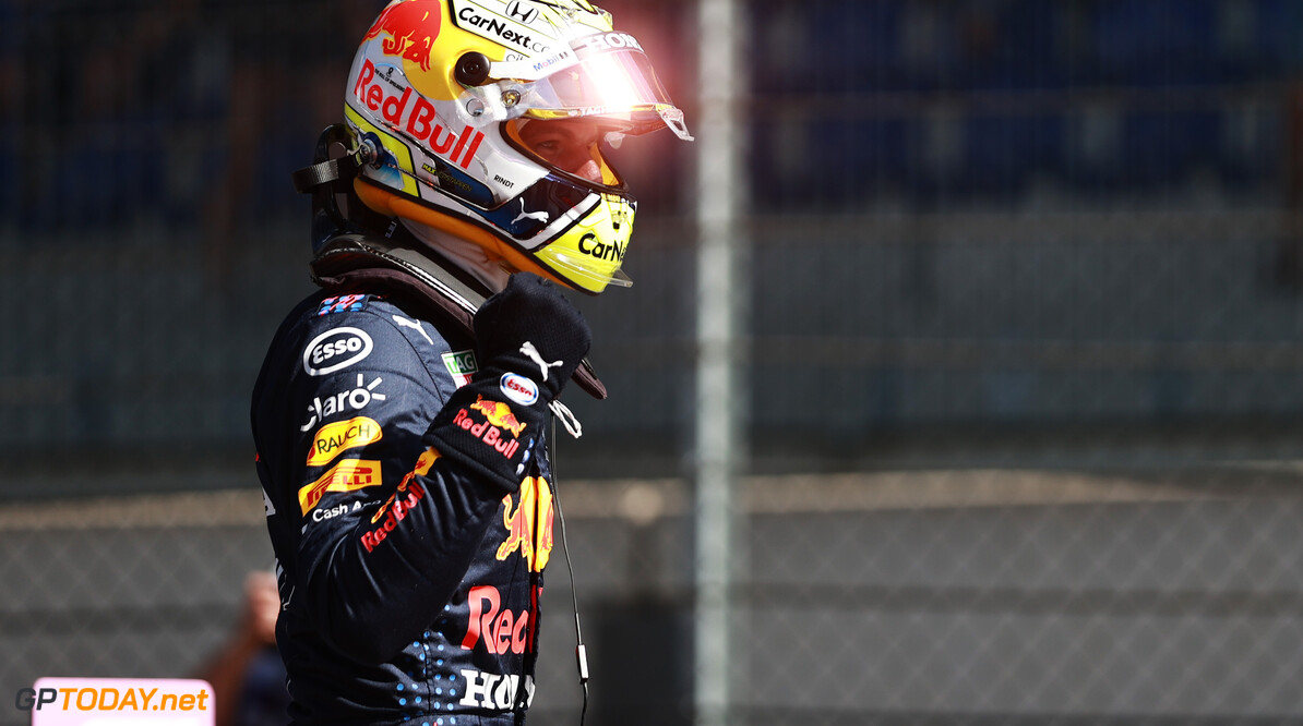 SPIELBERG, AUSTRIA - JUNE 26: Pole position qualifier Max Verstappen of Netherlands and Red Bull Racing celebrates in parc ferme during qualifying ahead of the F1 Grand Prix of Styria at Red Bull Ring on June 26, 2021 in Spielberg, Austria. (Photo by Mark Thompson/Getty Images) // Getty Images / Red Bull Content Pool  // SI202106260323 // Usage for editorial use only //  F1 Grand Prix of Styria - Qualifying     SI202106260323