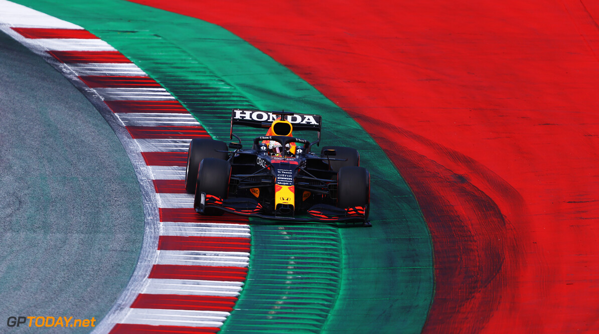 SPIELBERG, AUSTRIA - JUNE 26: Max Verstappen of the Netherlands driving the (33) Red Bull Racing RB16B Honda on track during qualifying ahead of the F1 Grand Prix of Styria at Red Bull Ring on June 26, 2021 in Spielberg, Austria. (Photo by Bryn Lennon/Getty Images) // Getty Images / Red Bull Content Pool  // SI202106260406 // Usage for editorial use only //  F1 Grand Prix of Styria - Qualifying     SI202106260406