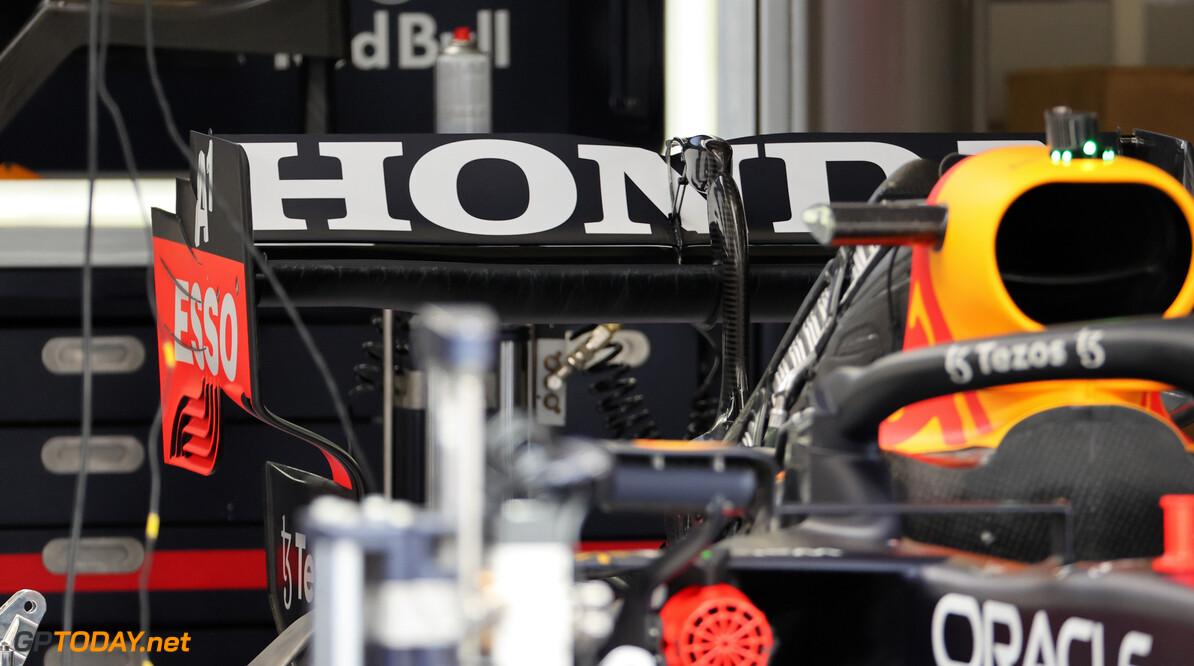 """Ross Brawn denkt dat potentiële motorleveranciers intrede in F1 """"serieus"""" overwegen"""