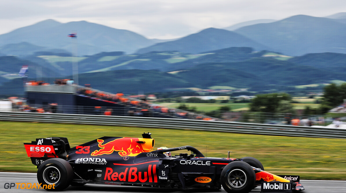 """Max Verstappen pakt zevende pole position van zijn F1-loopbaan:  """"Dit doen we zo niet weer"""""""