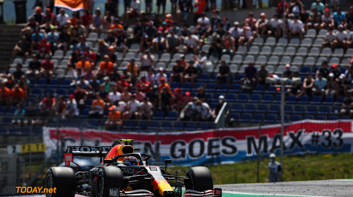 """Sergio Perez pakt P3 in Oostenrijk: """"Onze auto beter in de race dan in kwalificatie"""""""