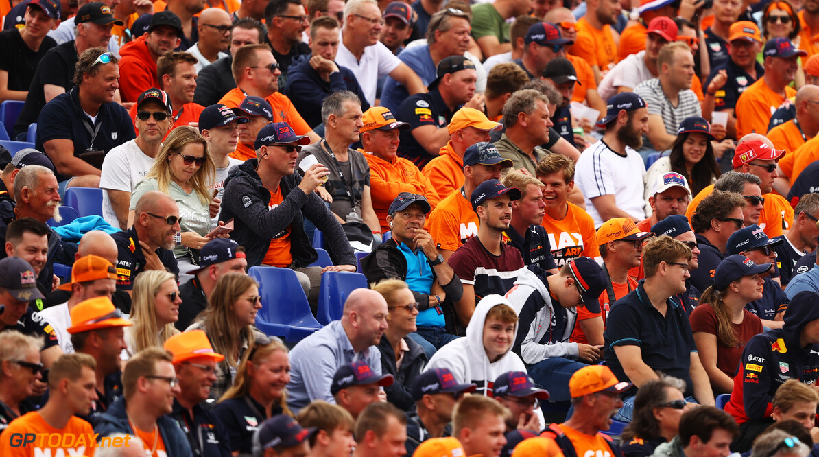 SPIELBERG, AUSTRIA - JULY 02: Max Verstappen of Netherlands and Red Bull Racing fans watch the action during practice ahead of the F1 Grand Prix of Austria at Red Bull Ring on July 02, 2021 in Spielberg, Austria. (Photo by Bryn Lennon/Getty Images) // Getty Images / Red Bull Content Pool  // SI202107020438 // Usage for editorial use only //  F1 Grand Prix of Austria - Practice     SI202107020438