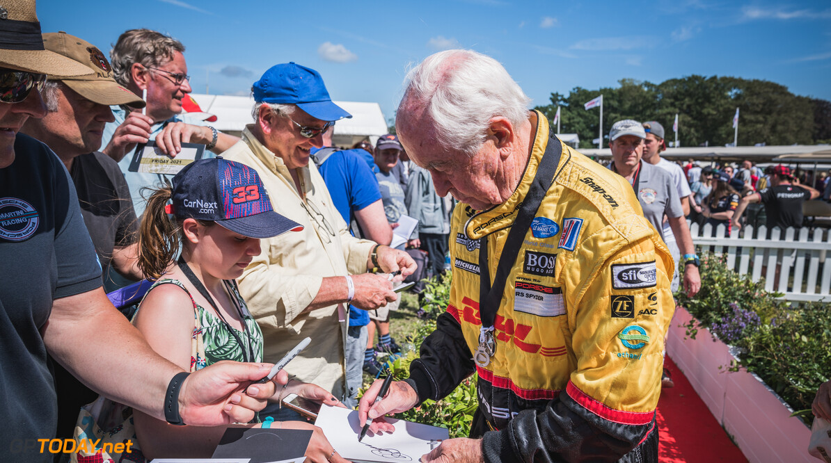Festival of Speed 2021      2021 atmosphere autograph drivers Drivers, Riders, Celebs fans Festival of Speed FoS FoS2021 Friday Highlights roger penske Toby Adamson