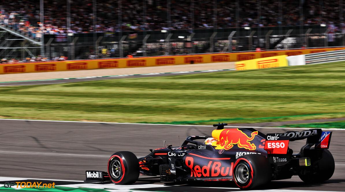 """Max Verstappen zet vraagtekens bij kwalificatie voor sprintrace: """"Het betekent eigenlijk helemaal niets"""""""
