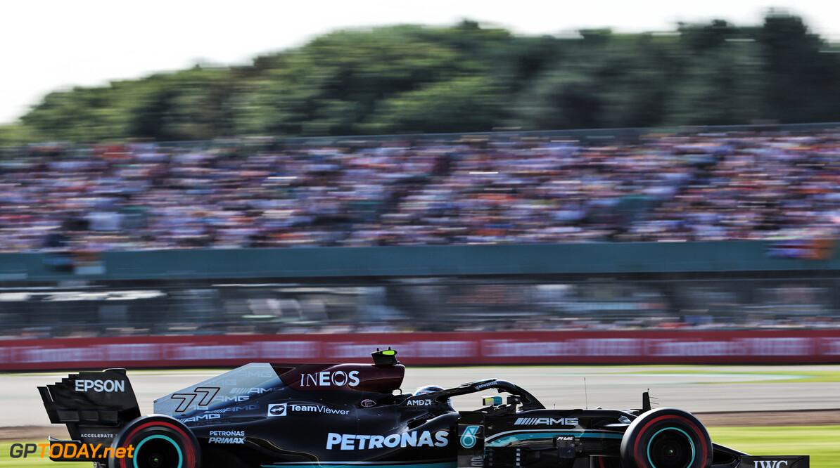 """Bottas blij met P3 en P1 voor Hamilton: """"Ik gaf Lewis een slipstream"""""""