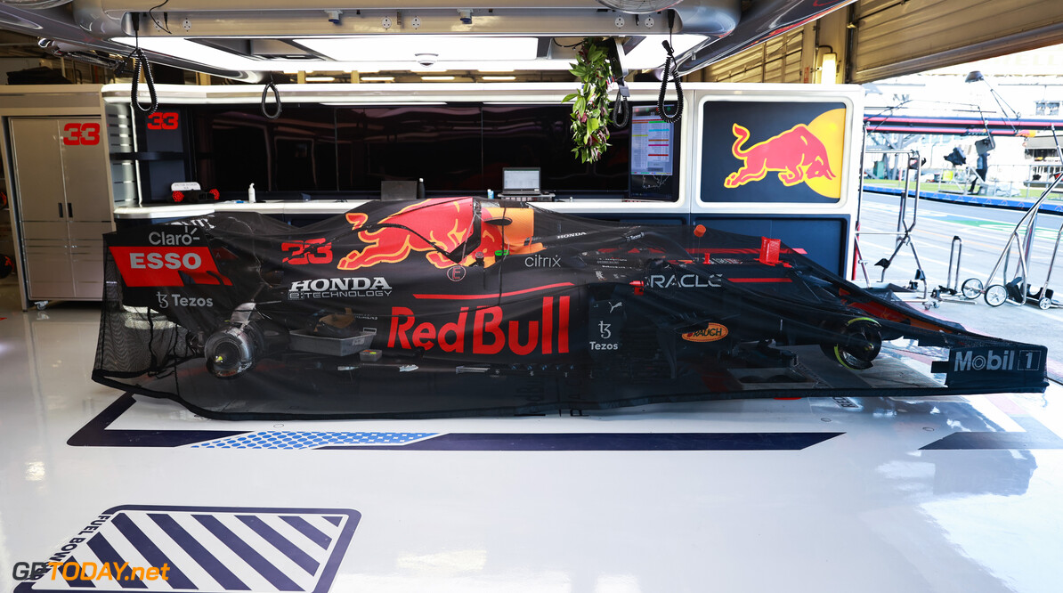 NORTHAMPTON, ENGLAND - JULY 18: The car of Max Verstappen of Netherlands and Red Bull Racing is pictured in the garage before the F1 Grand Prix of Great Britain at Silverstone on July 18, 2021 in Northampton, England. (Photo by Mark Thompson/Getty Images) // Getty Images / Red Bull Content Pool  // SI202107180075 // Usage for editorial use only //  F1 Grand Prix of Great Britain     SI202107180075