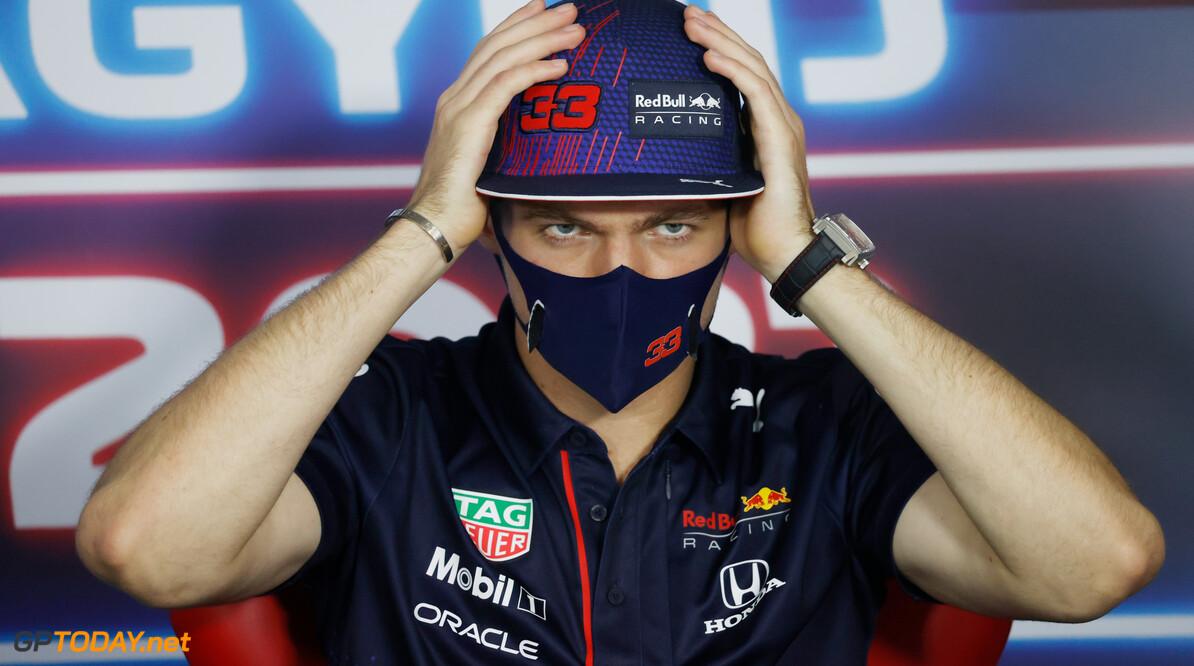 <strong> Samenvatting VT1 F1 Grand Prix Hongarije:</strong> Verstappen houdt hoofd koel - nipt sneller dan Bottas en Hamilton