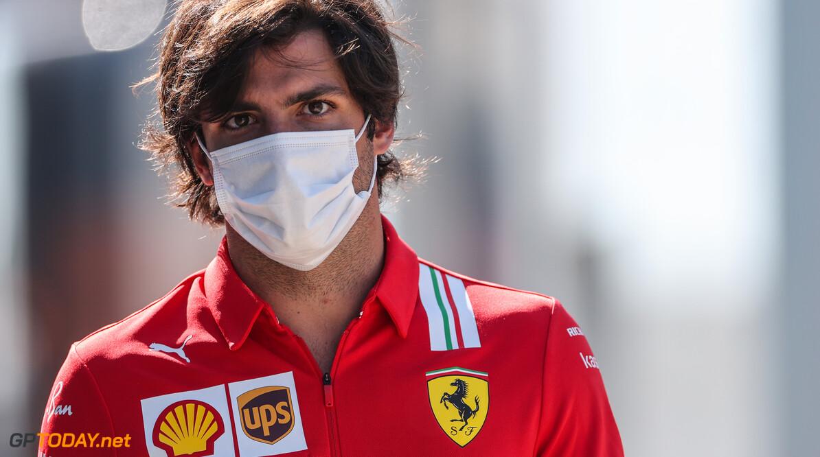 """Sainz voelde zich """"nooit langzamer dan teamgenoot"""""""