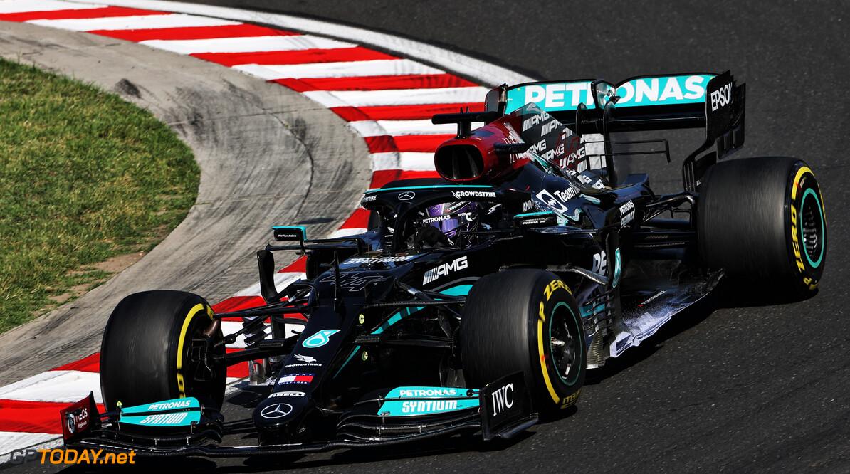 <strong> Samenvatting VT3 F1 GP Hongarije: </strong>  Hamilton sneller dan Verstappen en Bottas, Schumacher crasht