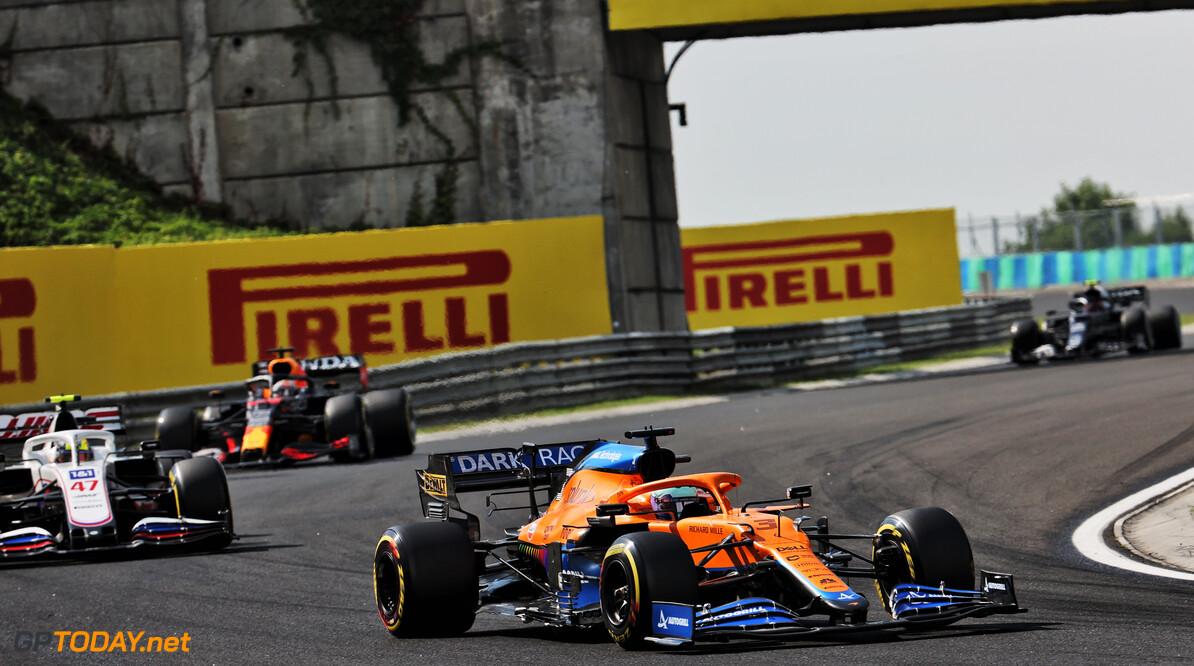 """Mick Schumacher vindt zichzelf """"gemiddeld"""" presteren in debuutseizoen in F1"""