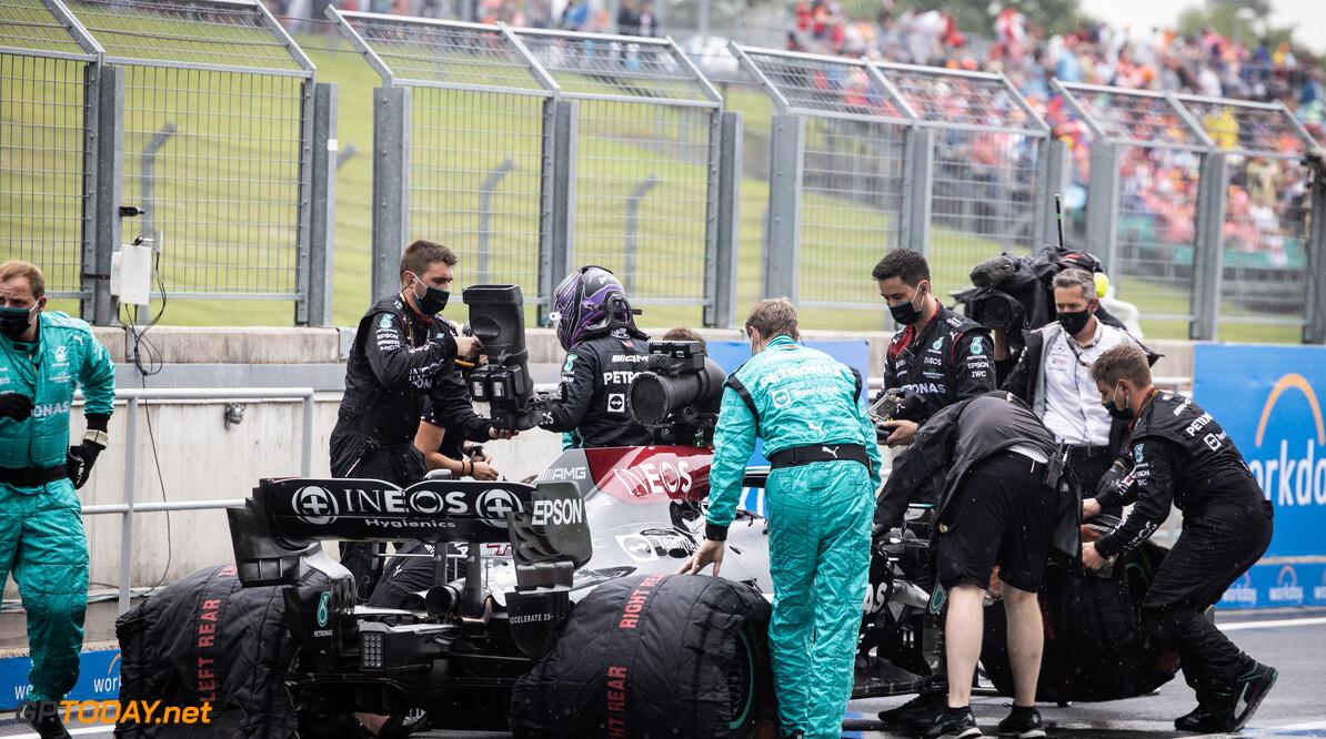 Nieuwe motoren voor de Mercedessen dit weekend