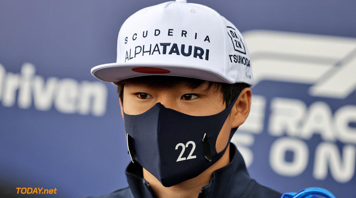 Yuki Tsunoda nog niet zeker van zijn stoeltje bij AlphaTauri in 2022
