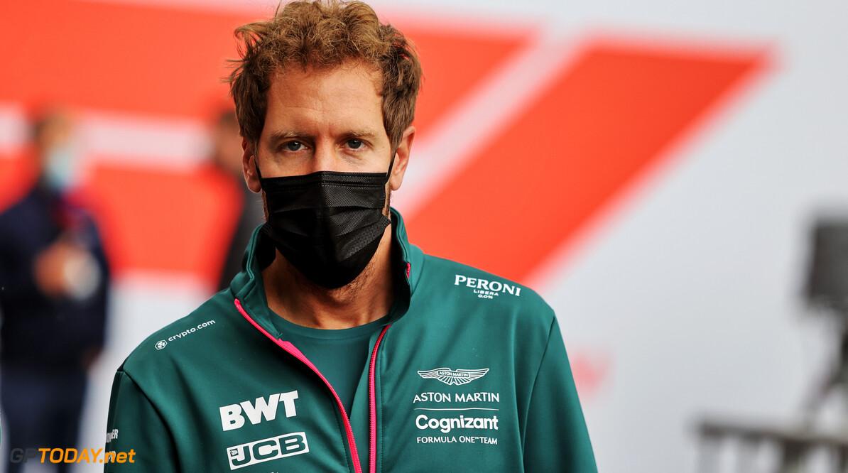 """Vettel over Monza-incident: """"Niemand van ons heeft intentie om te crashen"""""""