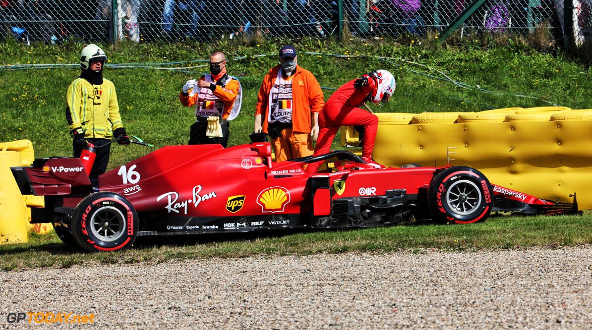 Leclerc krijgt nieuw chassis na crash op vrijdag