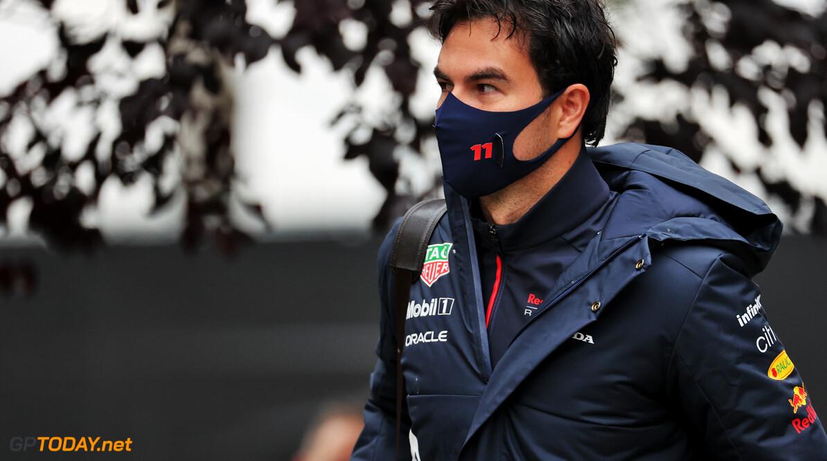 """Perez vreest de concurrentie: """"Ze zijn heel snel op de rechte stukken"""""""