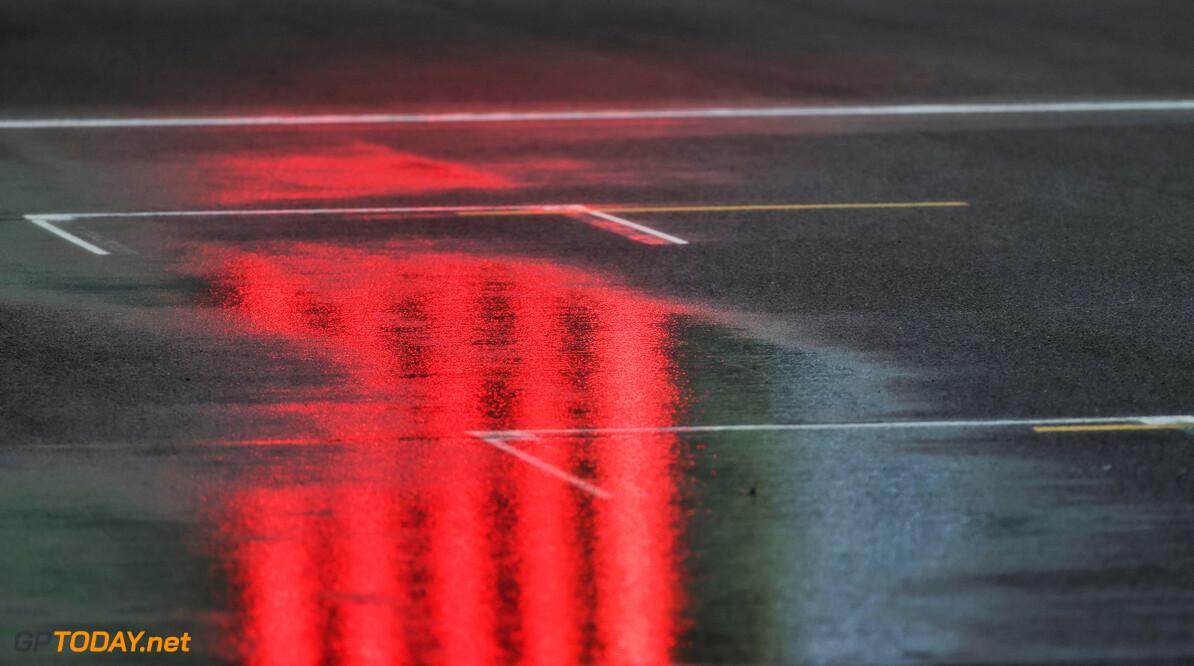 """Carlos Sainz: """"Ik heb niet geracet, dus ik verdien het halve punt dat ik kreeg niet"""""""