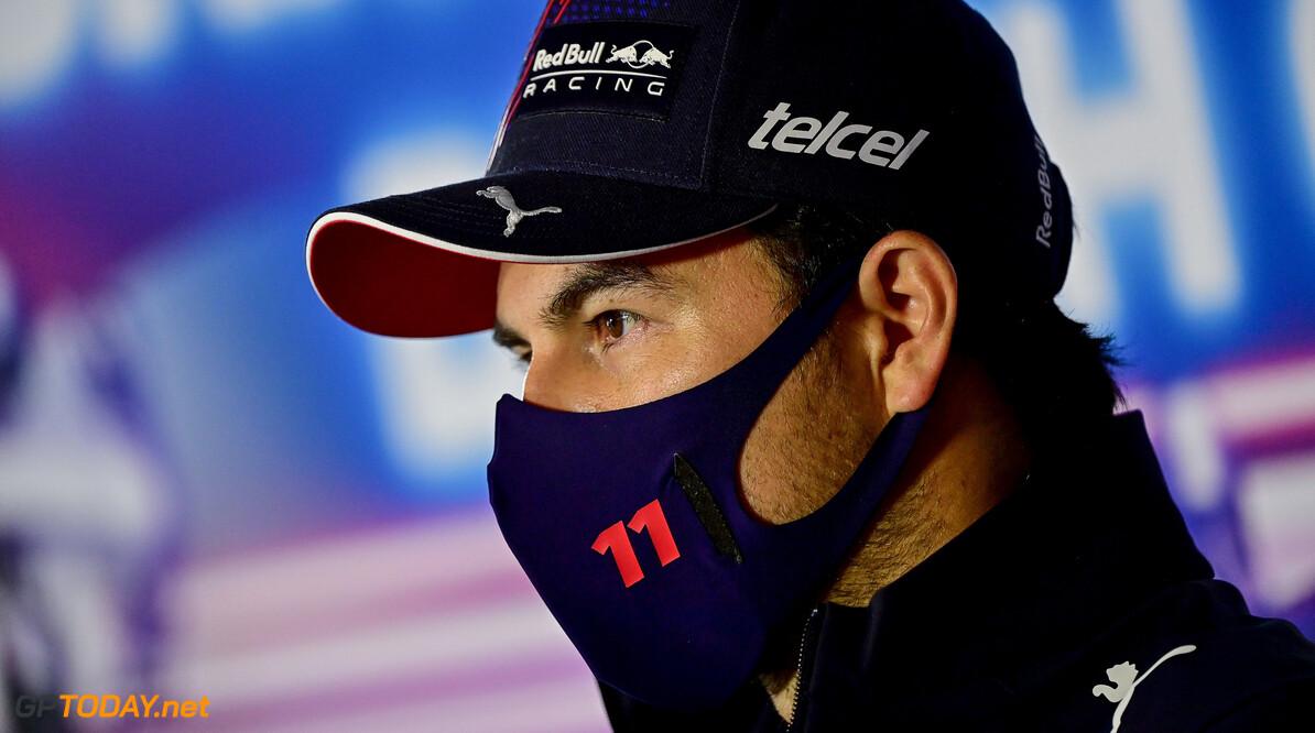"""Sergio Perez vreest concurrentie: """"Verwachten dat Mercedes heel erg snel zal zijn"""""""
