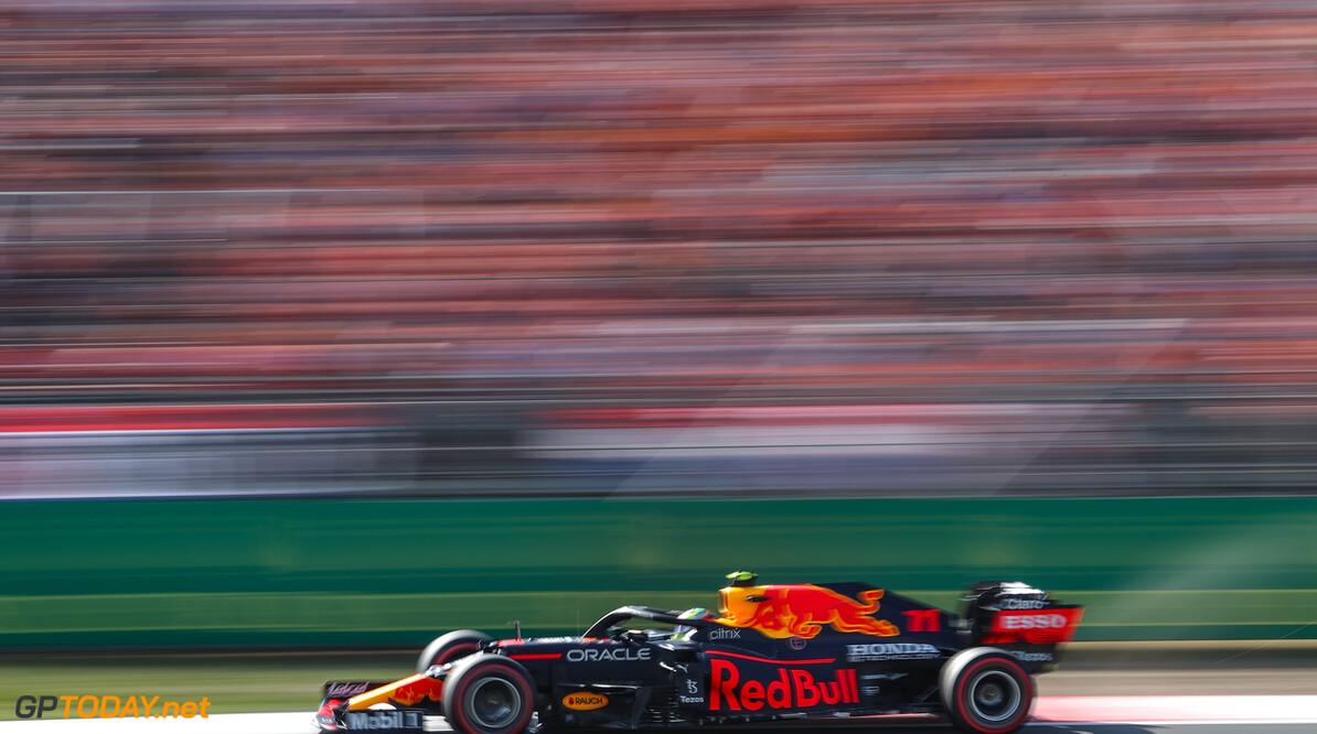 """Max Verstappen mist rugdekking van Sergio Perez: """"Helaas deed hij het niet zo goed tijdens de kwalificatie"""""""