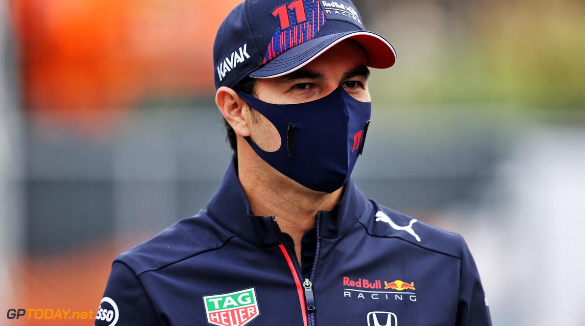 """Perez allesbehalve fan van sprints: """"Er gebeurde helemaal niks!"""""""