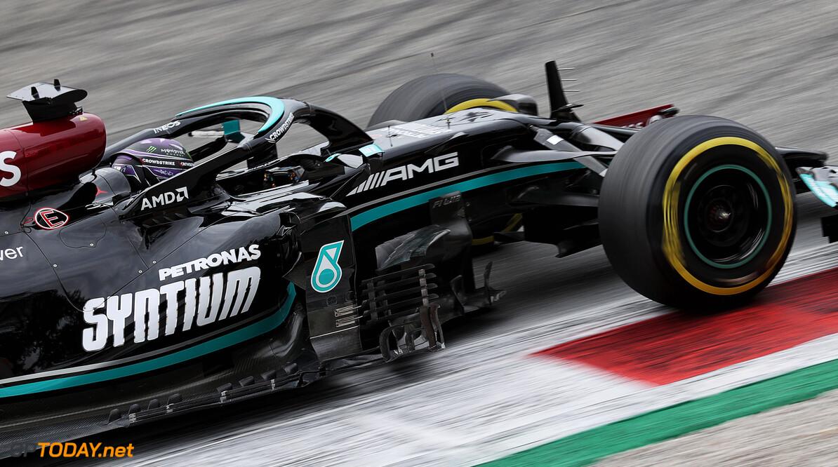 <b> Samenvatting VT2 Grand Prix van Italië: </b> Mercedes geeft Red Bull het nakijken in laatste training voor sprintrace op Monza