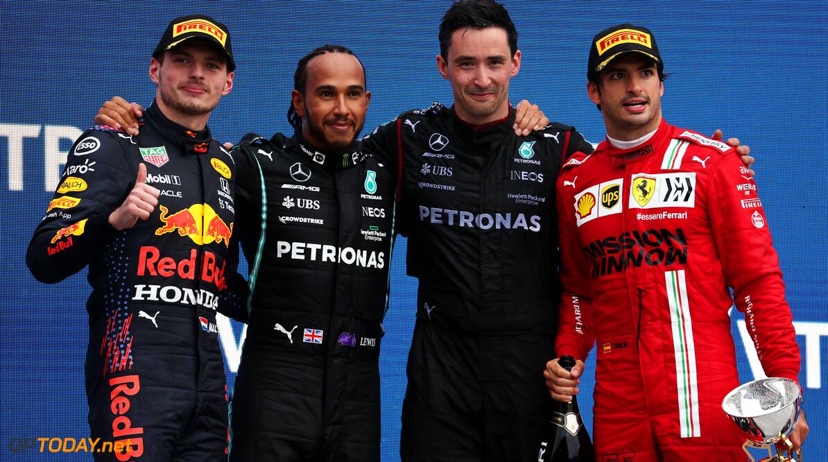 """Hamilton gaat door met strijd: """"Belangrijk om nooit te stoppen met dromen"""""""