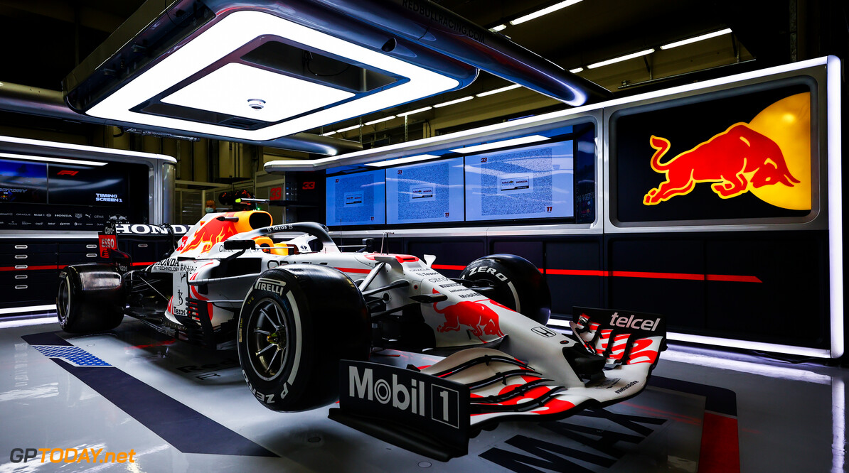 ISTANBUL, TURKEY - OCTOBER 07: Reveal of the Red Bull Racing special Honda tribute livery ahead of the F1 Grand Prix of Turkey at Intercity Istanbul Park on October 07, 2021 in Istanbul, Turkey. (Photo by Mark Thompson/Getty Images) // Getty Images / Red Bull Content Pool  // SI202110070096 // Usage for editorial use only //  RBR Special Honda Livery     SI202110070096