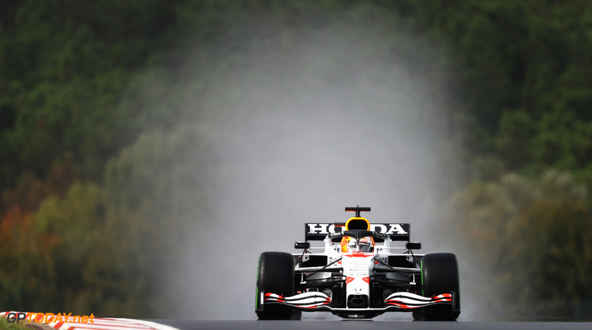 ISTANBUL, TURKEY - OCTOBER 09: Max Verstappen of the Netherlands driving the (33) Red Bull Racing RB16B Honda during final practice ahead of the F1 Grand Prix of Turkey at Intercity Istanbul Park on October 09, 2021 in Istanbul, Turkey. (Photo by Bryn Lennon/Getty Images) // Getty Images / Red Bull Content Pool  // SI202110090151 // Usage for editorial use only //  F1 Grand Prix of Turkey - Final Practice     SI202110090151