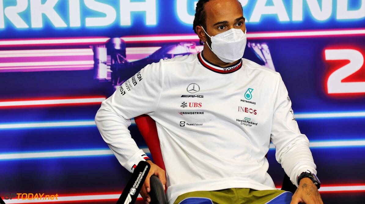 """Wolff sluit vijfde motor voor Hamilton niet uit: """"Kijken er naar in de komende races"""""""
