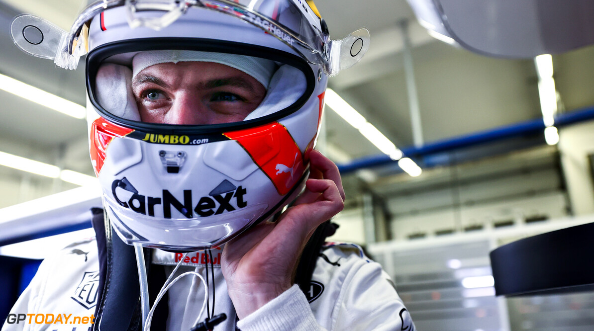 ISTANBUL, TURKEY - OCTOBER 10: Max Verstappen of Netherlands and Red Bull Racing prepares to drive in the garage before the F1 Grand Prix of Turkey at Intercity Istanbul Park on October 10, 2021 in Istanbul, Turkey. (Photo by Mark Thompson/Getty Images) // Getty Images / Red Bull Content Pool  // SI202110100406 // Usage for editorial use only //  F1 Grand Prix of Turkey     SI202110100406