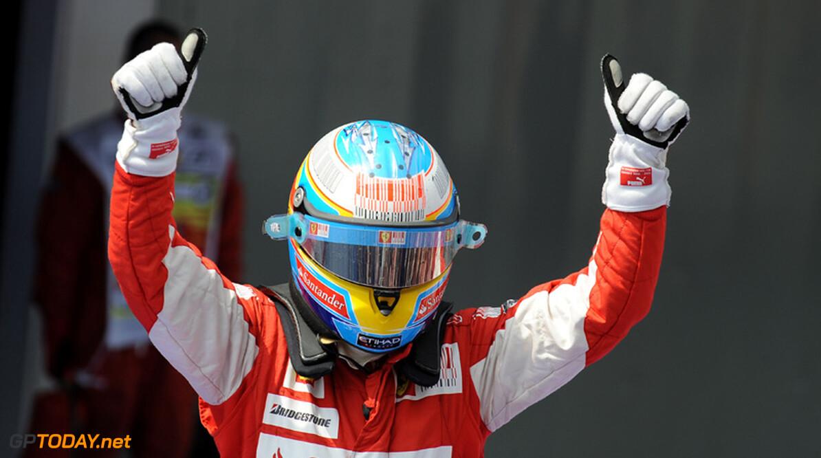 """Alonso sowieso tevreden over 2010: """"Mijn beste seizoen tot nu toe"""""""