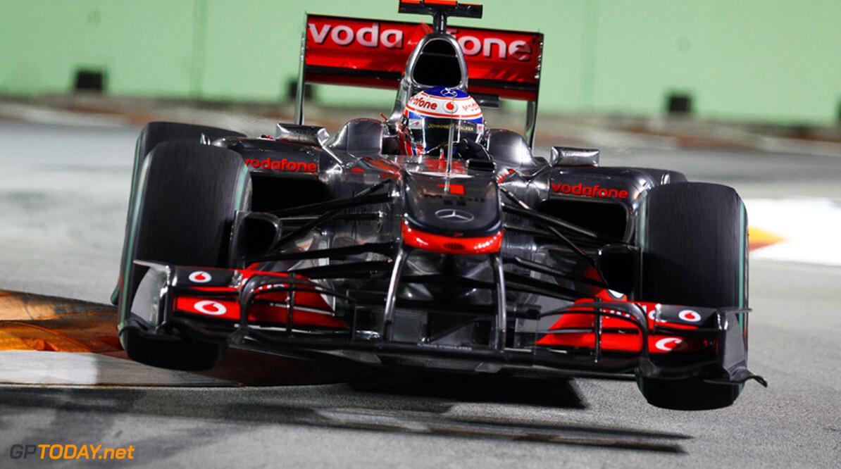 Button met speciale helm naar Grand Prix van Japan