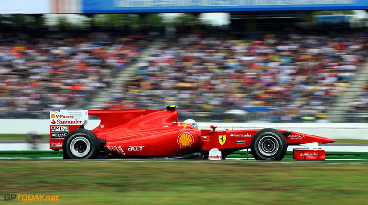 Ferrari vervangt motor Alonso tussen vrije trainingen