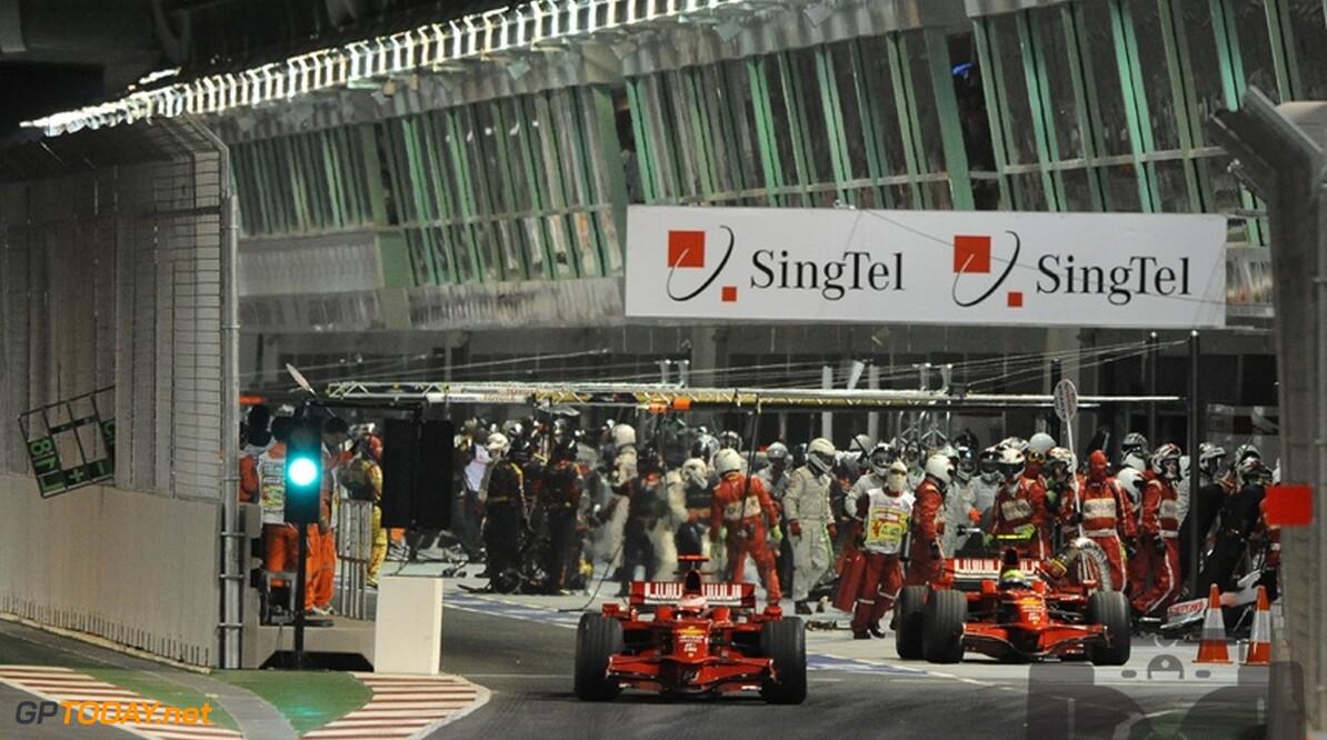 Ecclestone bedankt Ferrari voor de clowns in Singapore