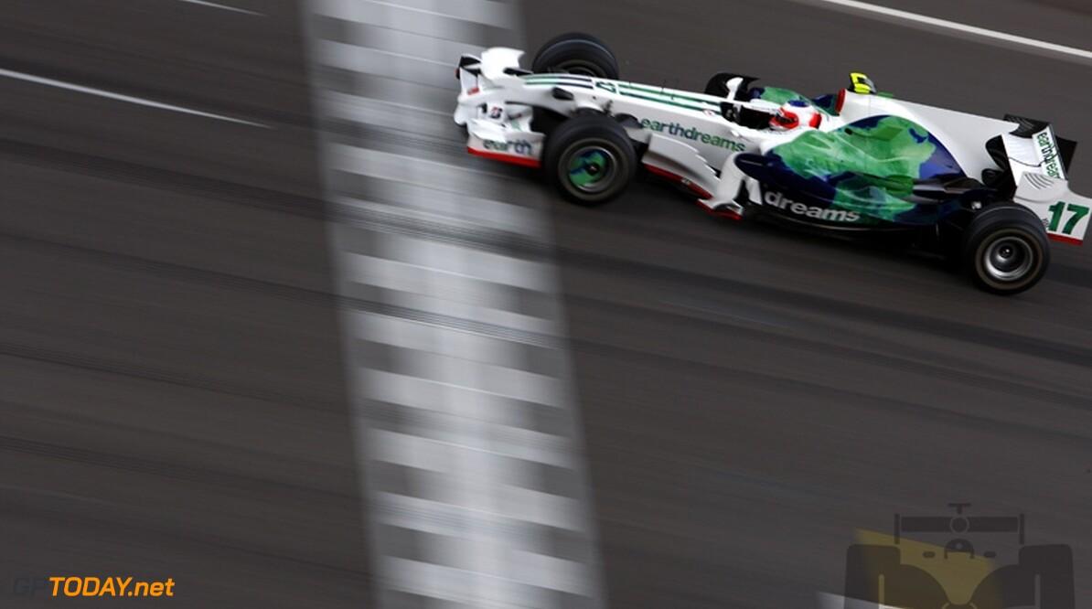 Barrichello is nog niet moe en wil in Formule 1 blijven