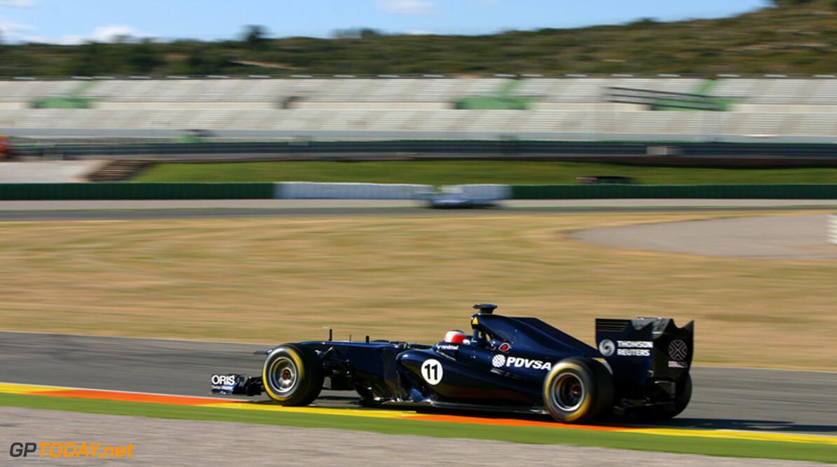 """Barrichello: """"Al die extra knopjes maken racen minder leuk"""""""