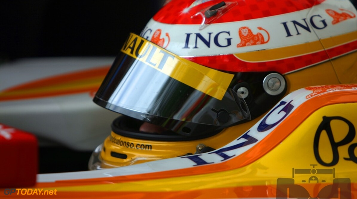 Alonso aast op eerste podium van seizoen in Singapore