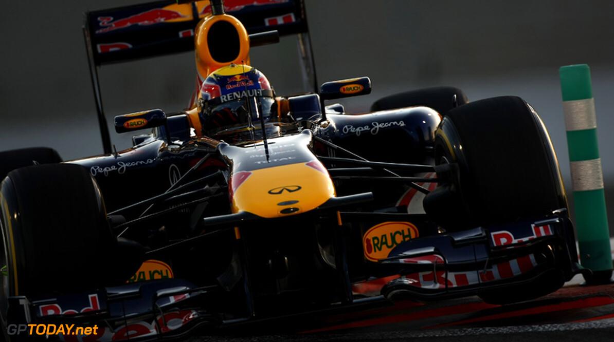 VT1: Webber nestelt zich voor beide McLarens aan kop in Brazilië