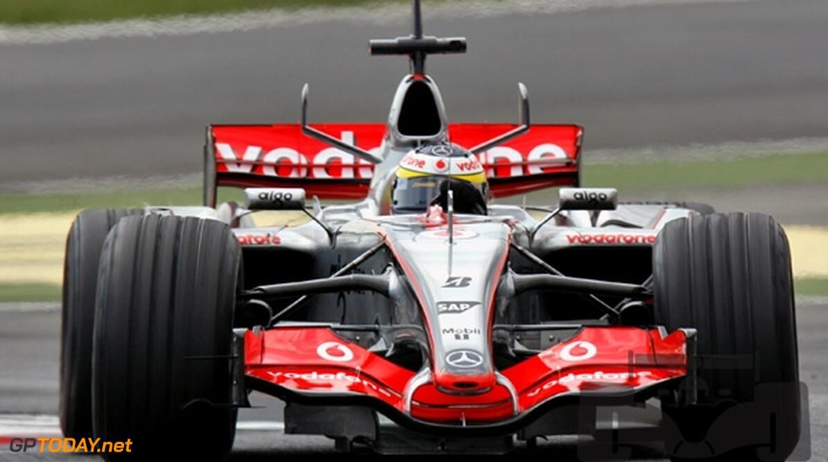 Pedro de la Rosa blijft nog twee jaar bij McLaren