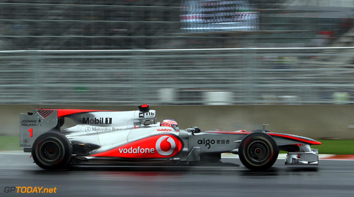 """Hamilton: """"Red Bull en Ferrari sneller in droog weer"""""""