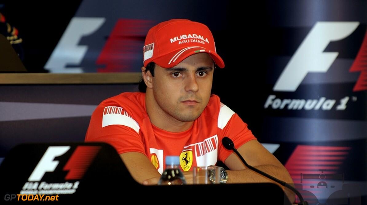 Felipe Massa geniet alleen maar van extra druk